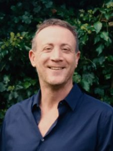 Psychotherapy and Counselling in Radlett with Simon Garcia